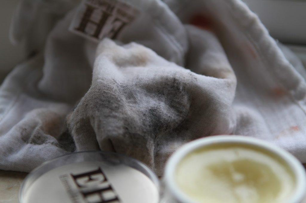 Emma Hardie moringa cleansing balm