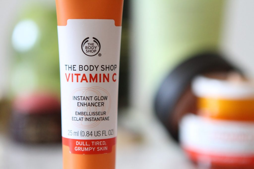 The Body shop Vitamin c Instant glow enhancer
