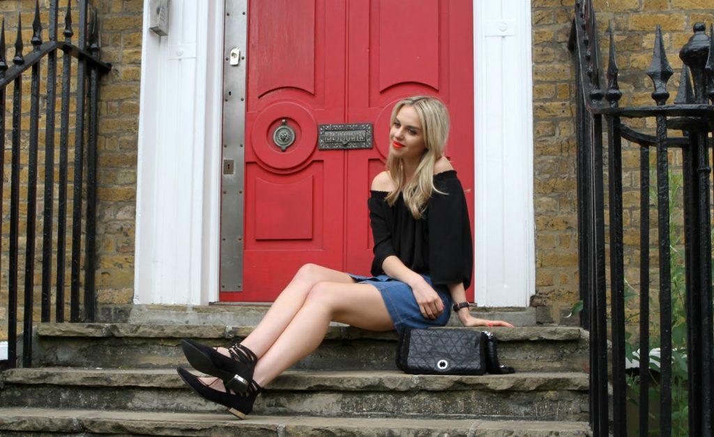 blogger on steps