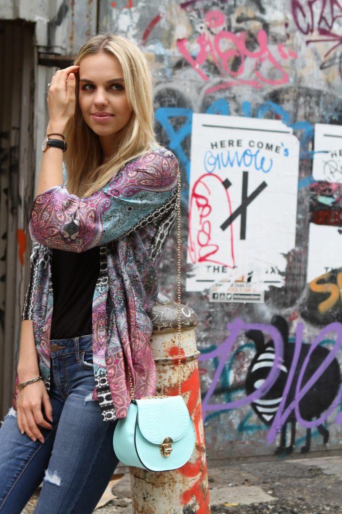 fashion blogger in shoreditch