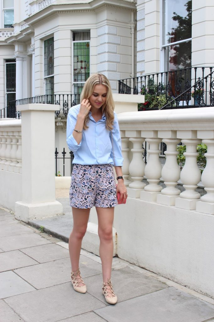 pastel outfit and chloe drew dupe